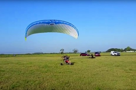 Paramotor training flight
